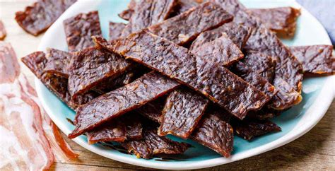 This ground beef jerky is easy to make and customize and is much cheaper to make than traditional jerky. Bacon Burger Jerky - Homemade Ground Beef Jerky Recipe ...