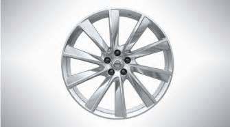 spoke turbine polished alloy wheel