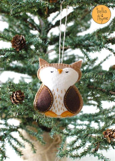 pattern woodland owl winter felt ornament  sosaecaetano