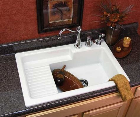 country kitchen sinks with drainboards best 20 country kitchen sink ideas on country