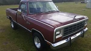 Dodge Other Pickups Standard Cab Pickup 1985 Burgundy For