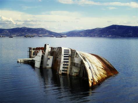 Shipwreck Of The Mediterranean Sky Formely Known As City Of York Elefsina (u0395u03bbu03b5u03c5u03c3u03afu03bdu03b1) Near ...
