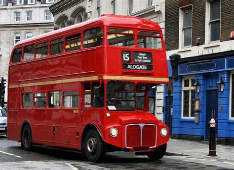 Как дешево прокатиться на знаменитом лондонском автобусе? . бюджетные путешествия вокруг света