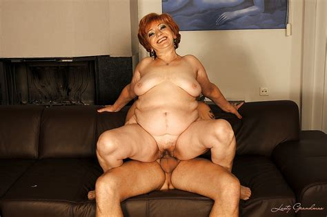 Chubby Granny Gives A Blowjob And Gets Her Bushy Cunt