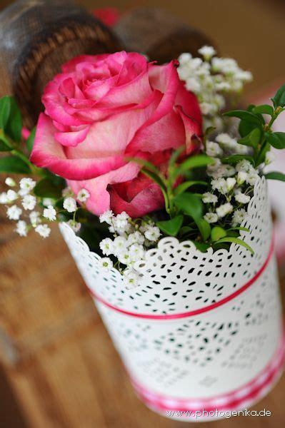 hochzeit kirchenschmuck rose  pink mit schleierkraut