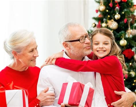 christmas elderly your guide to visiting elderly loved ones during the holidays