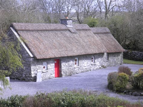 traditional cottage traditional irish cottage koziqi