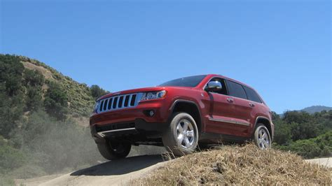2011 Jeep Grand Cherokee Up Market And Offroad Roadshow