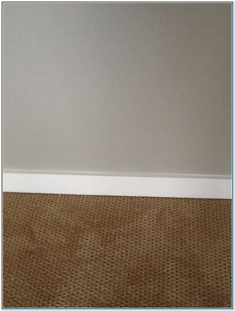 what color carpet goes well with grey walls