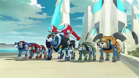 voltron legendary defender netflix lions dreamworks collider generation animation via