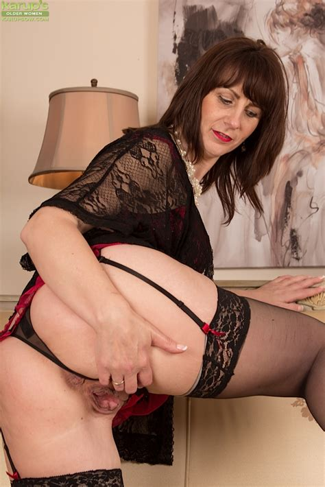 The Silky Feeling Of Stockings Makes Toni Laces Mature