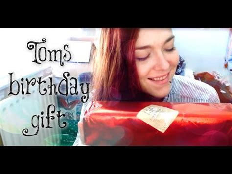 ***asmr*** Toms Birthday Gift Unboxing! ♥ Youtube