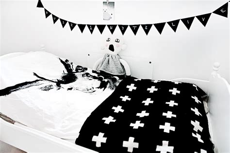20 Stylish Black And White Kids Room Ideas