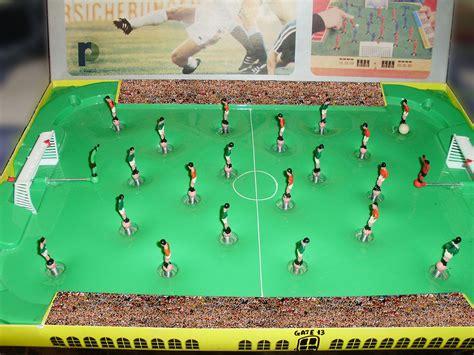 Tabletop football - Wikipedia