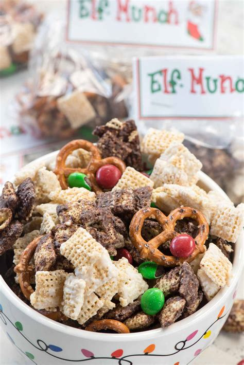 elf munch snack mix free printable for crust