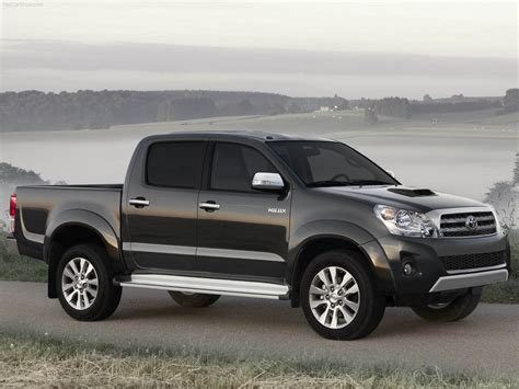 With a bold new look hilux stands out from the crowd. 2012 toyota hilux |Its My Car Club