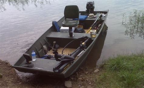 Very Small Fishing Boats by 17 Best Images About Kayaks And Canoes On Pinterest
