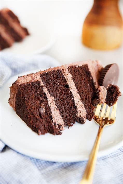 lexis clean kitchen   gluten  chocolate cake