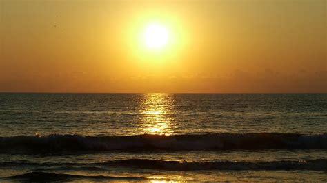 beautiful ocean sunrise sunset  weneedfun