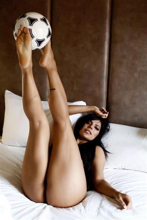 Suzy Cortez Nude Miss BumBum Showed Her Big Butt