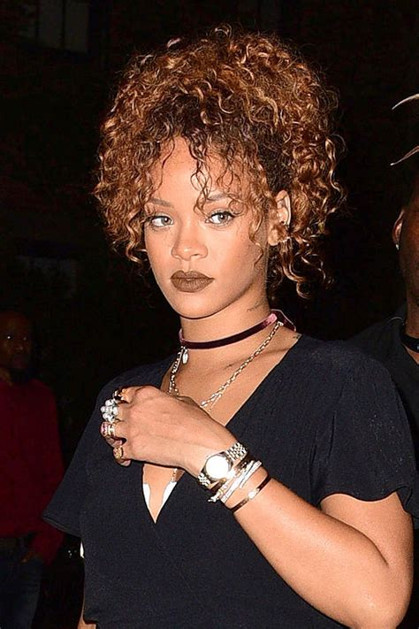 33 magnificent ways to wear curly hair celebrity style