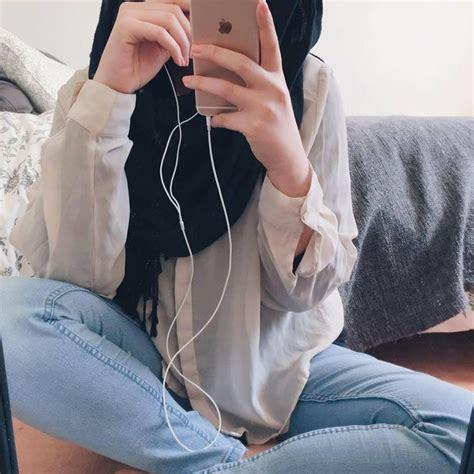 Hijab Image By Loren On