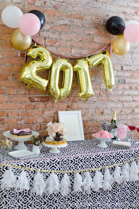 5 Easy New Year's Eve Party Ideas