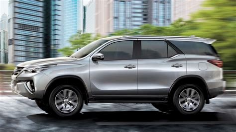 2019 toyota fortuner 2019 toyota fortuner exr price in uae specs review in