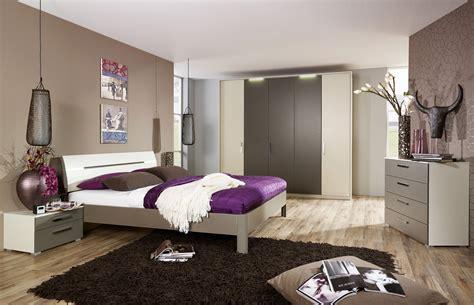 decoration usa pour chambre le magazine ripolin repeindre un lit c est facile