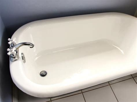 How To Use Bath Tub how to refinish a bathtub how tos diy
