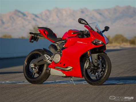 Ducati Photo by 2014 Ducati 899 Panigale Comparison Photos Motorcycle Usa