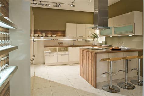 cuisine plus chambery cuisine équipée sur mesure cuisine design traditionnelle