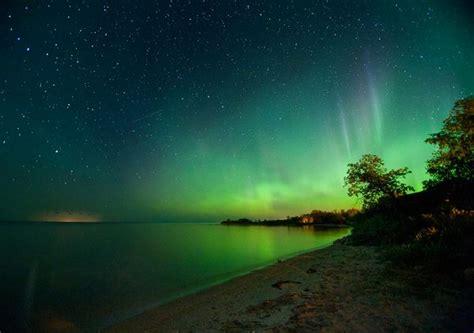pictures solar triggers auroras
