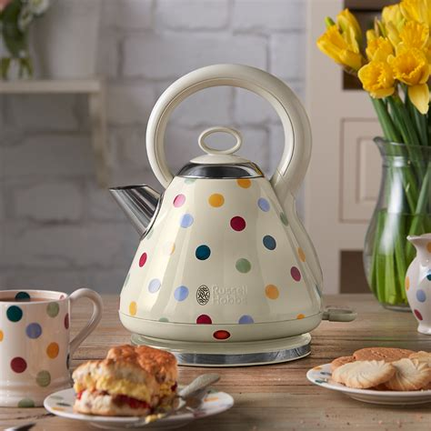 polka dot toaster and kettle new bridgewater and hobbs kettle and toaster