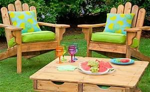 Salon De Jardin En Palette De Bois : le salon de jardin en palette bricolez vos meubles patio incroyables ~ Voncanada.com Idées de Décoration