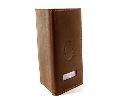 bureau passeport protège passeport en cuir marron 421