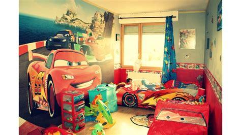 decoration chambre cars déco chambre garcon cars