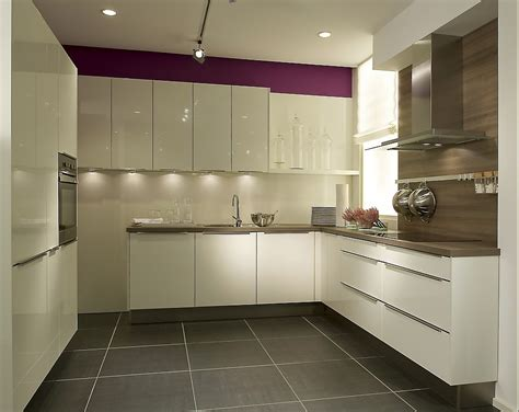 kitchen design images small kitchens moderne u form k 252 che wei 223 7944