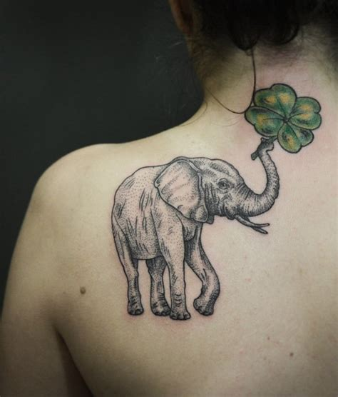 1001+ Idées  Tatouage Omoplate Homme & Femme En 40 Idées