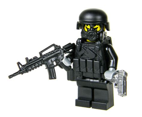 Swat Assaulter Police Officer Minifigure (sku49) Made W