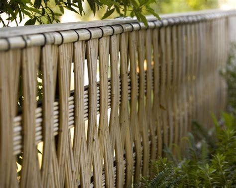 Brise Vue En Bambou Brise Vue Bambou Et Cl 244 Ture Pour Plus D Intimit 233 Dans Le Jardin