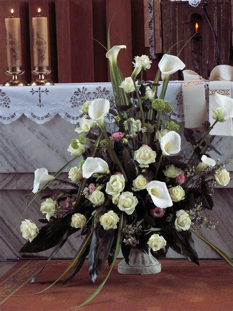 Church Wedding Flower Arrangement Made Of Calla Lilies