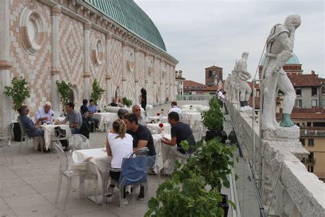 la terrazza di vicenza terrazza della basilica palladiana pi 249 di mille accessi
