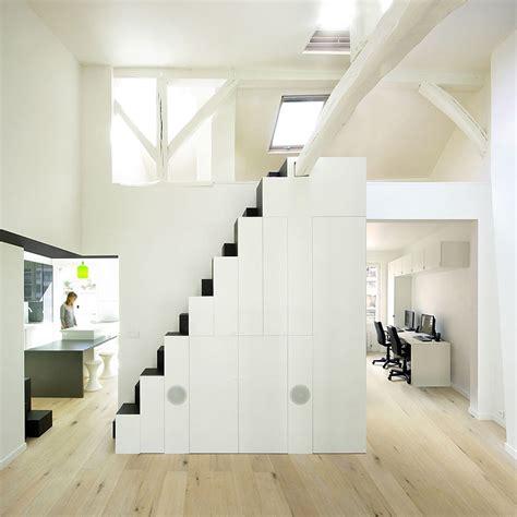 pequeno duplex en paris por maaj architectes interiores