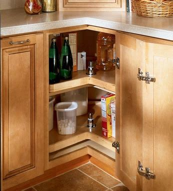 kitchen cabinet lazy susan easy reach wood lazy susan kraftmaid 5560