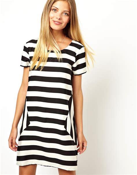 vero moda vero moda monochrome stripe t shirt dress at asos