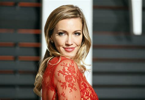katie cassidy hd celebrities  wallpapers images backgrounds   pictures