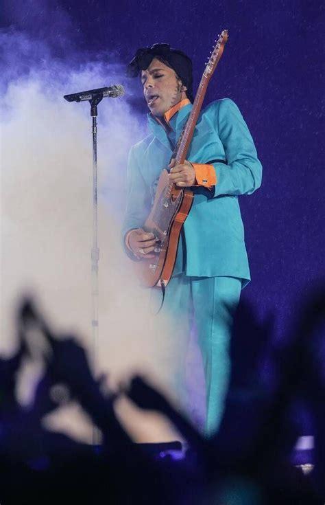 Photo Gallery Princes Performance At Super Bowl Xli