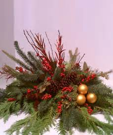 evergreen holiday centerpiece christmas flowers castle rock florist