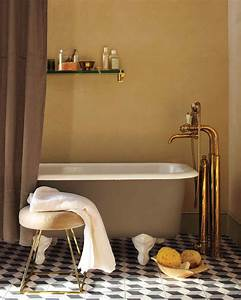 Decorate with brass martha stewart for Martha stewart bathrooms